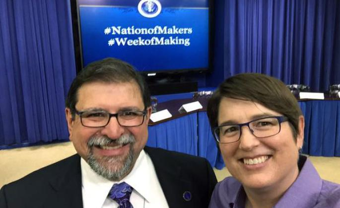 Carlos Ayala and Jessica Parker take a selfie at the Nation of Makers conference at the White House.