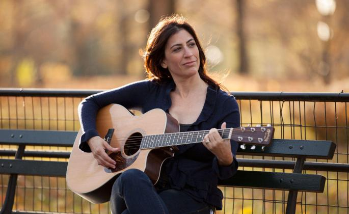sharon goldman with a guitar